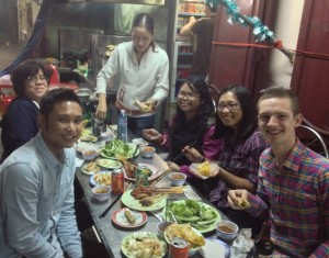More-than-you-can-eat dinner with Allister, Raiza, Beng and Sean at Bale Well.